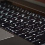 MacBook-Pro-15inch-2017-Yamasha-05.jpg