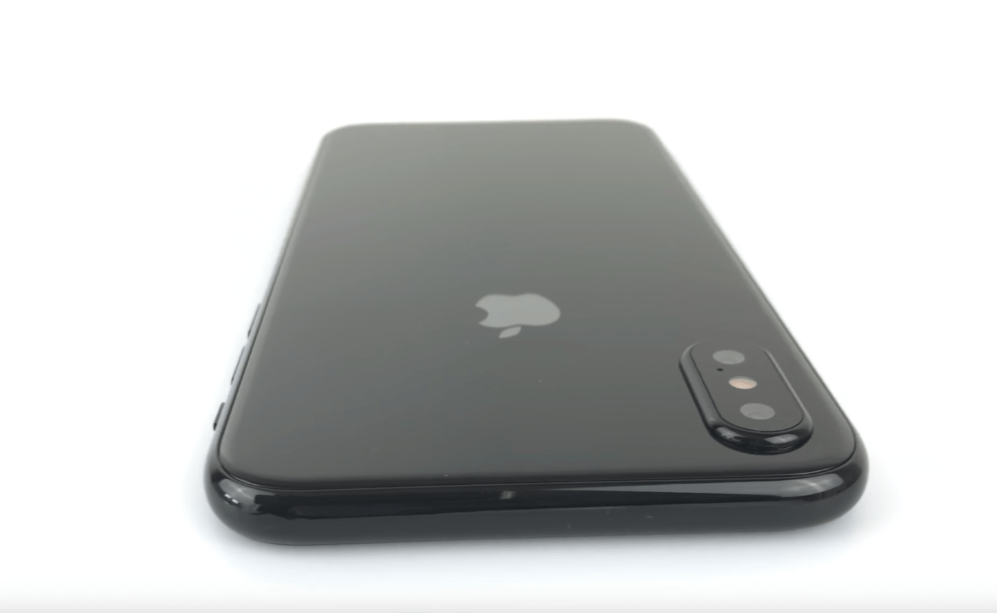 Meet the New iPhone 8 Mockup Handson 4