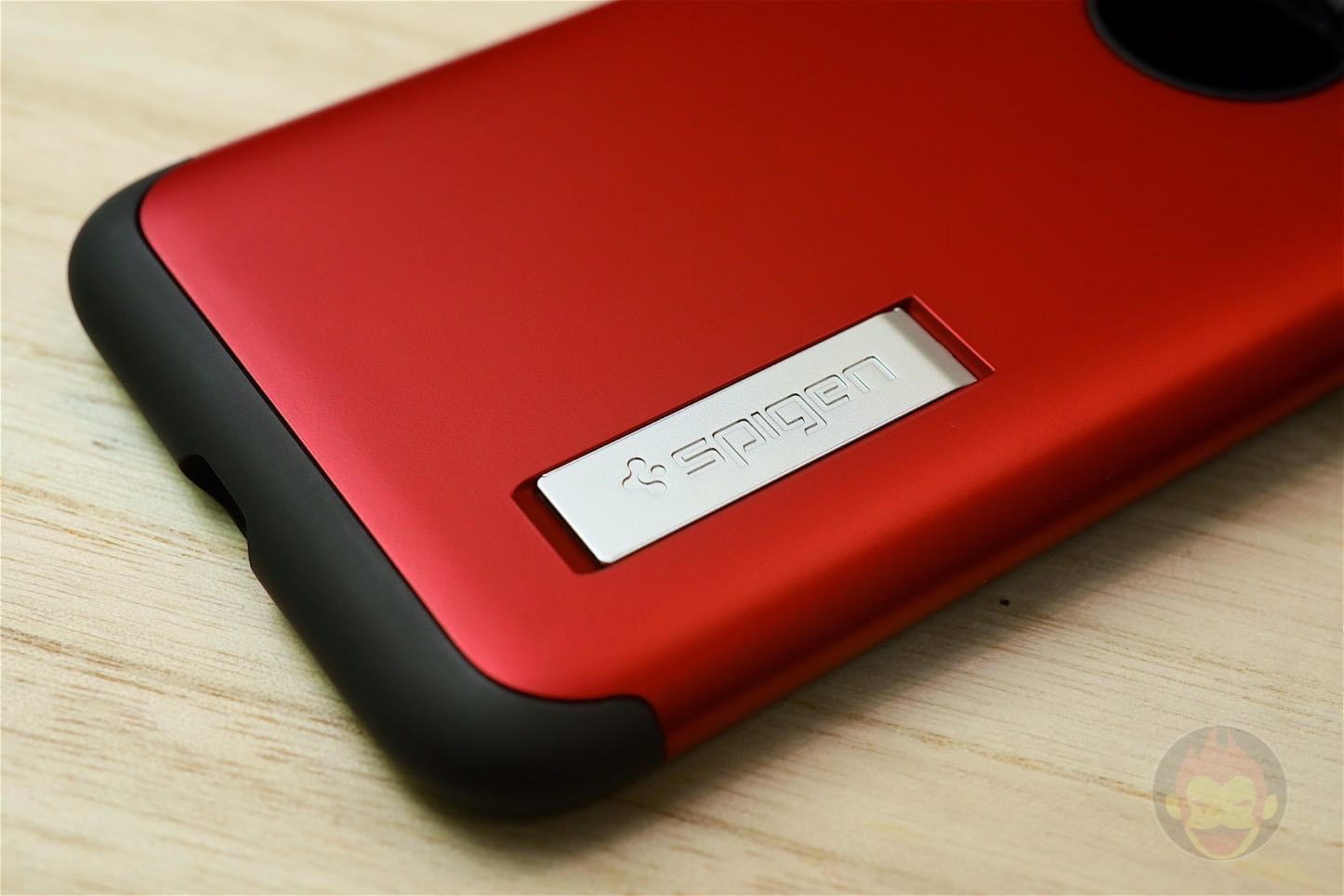 Spigen Slim Armour for Red Model