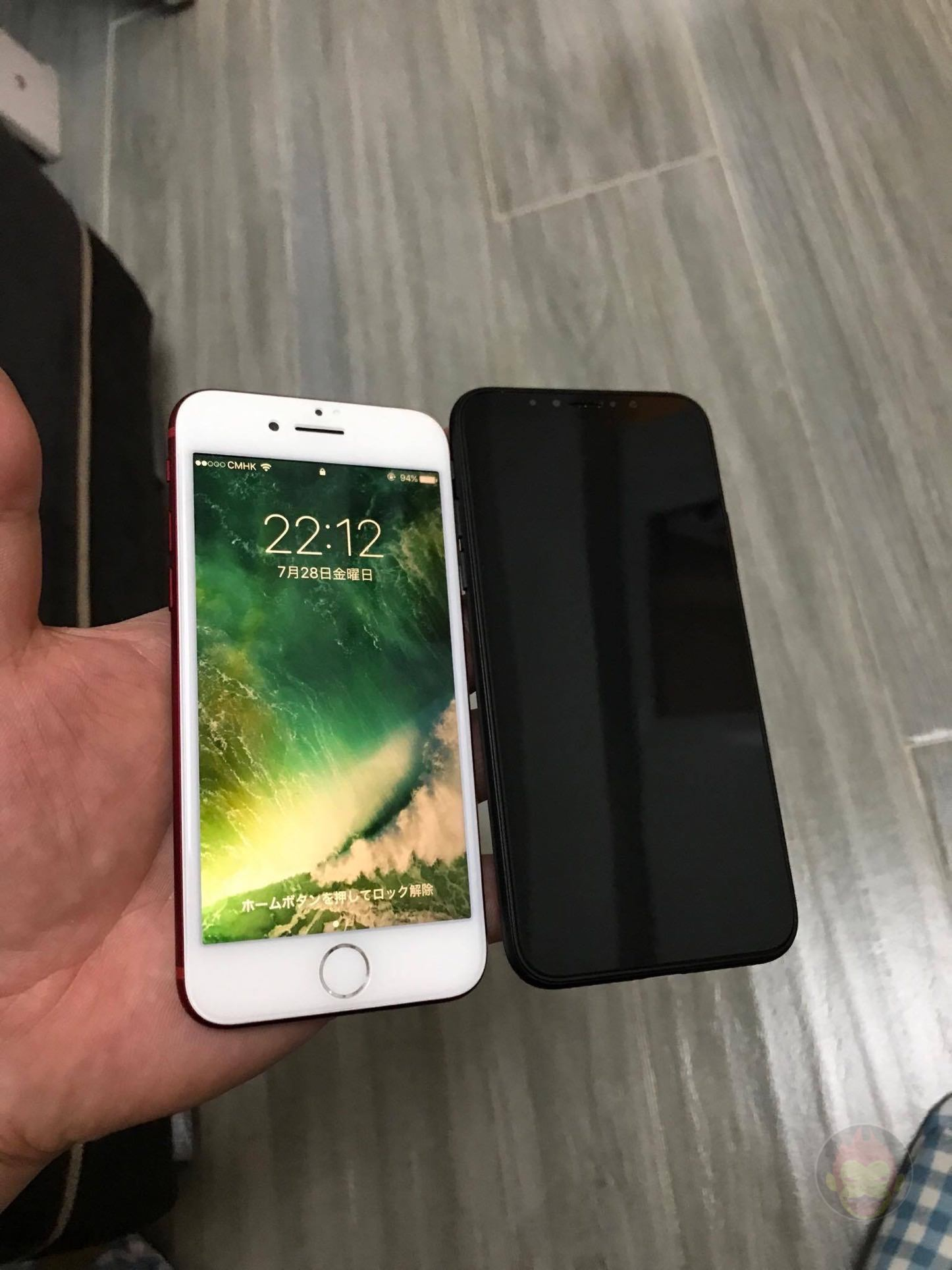 iPhone-Pro-8-Edition-Mockup-GoriMe-04.jpg