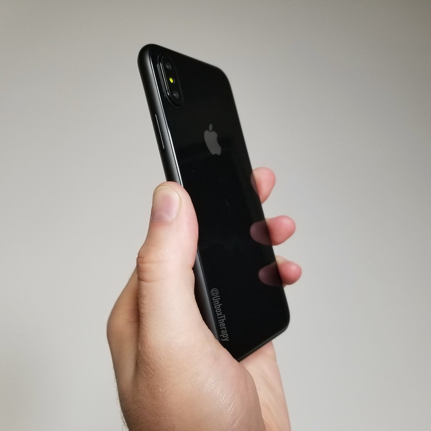 iphone8-mockup-unbox-therapy.jpg