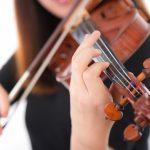 Violinist-Pakutaso.jpg