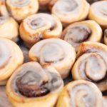 Petite-Cinnamon-Rolls-04.jpg