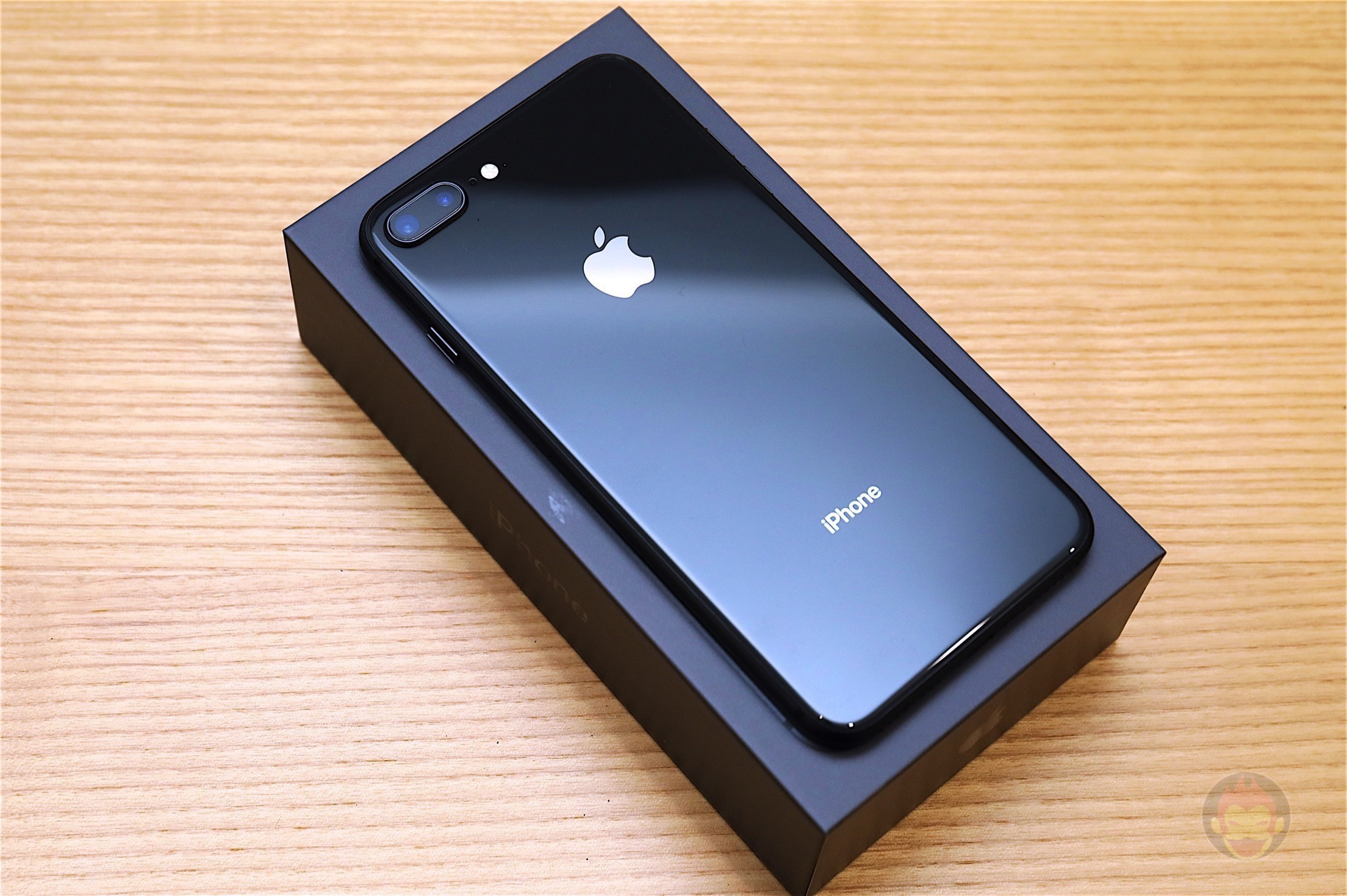 IPhone 8 Plus Space Gray Design 01