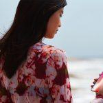 iphonex-face-recognition-beach.jpg