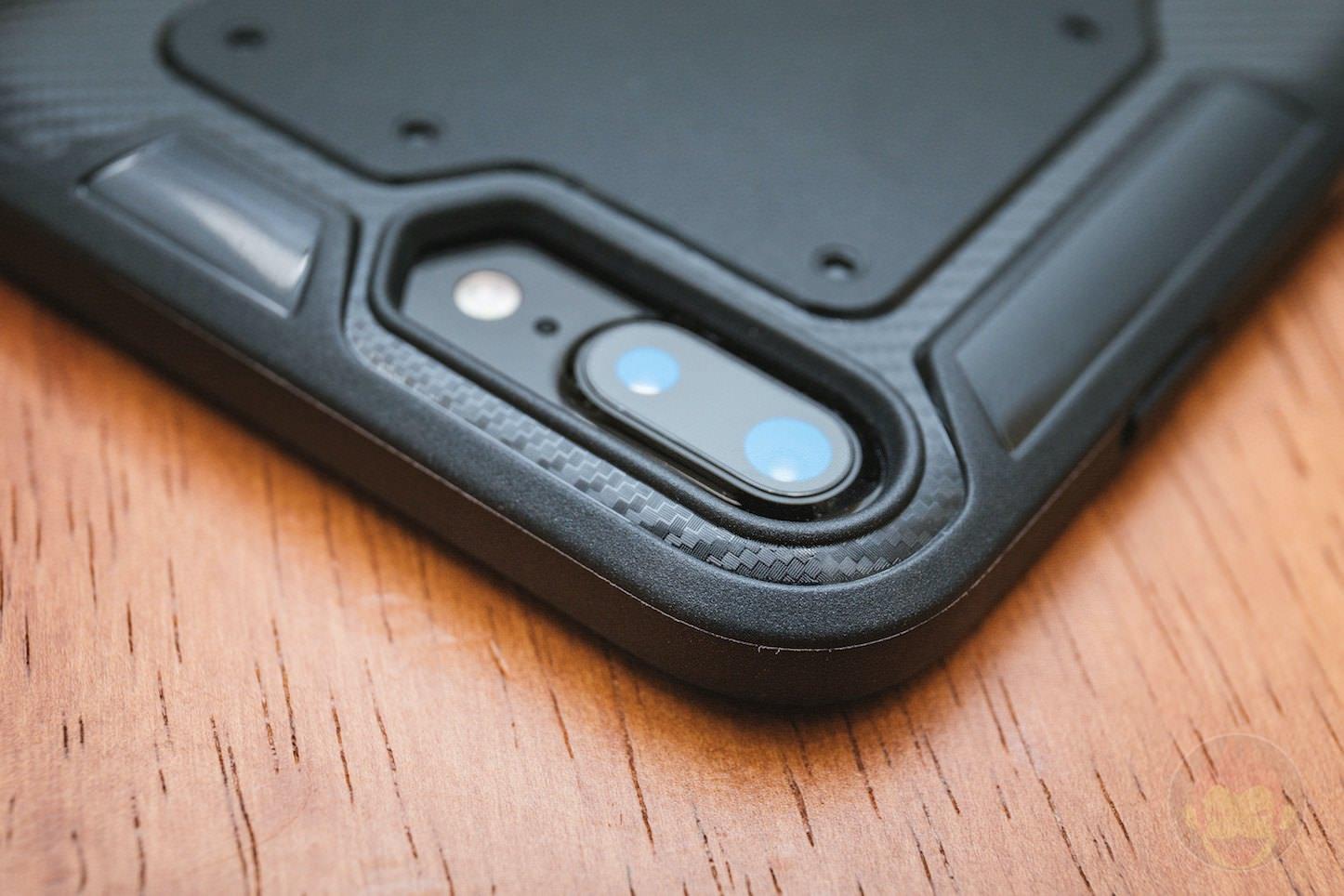 Anker-KARAPAX-Shield-for-iPhone8Plus-05.jpg
