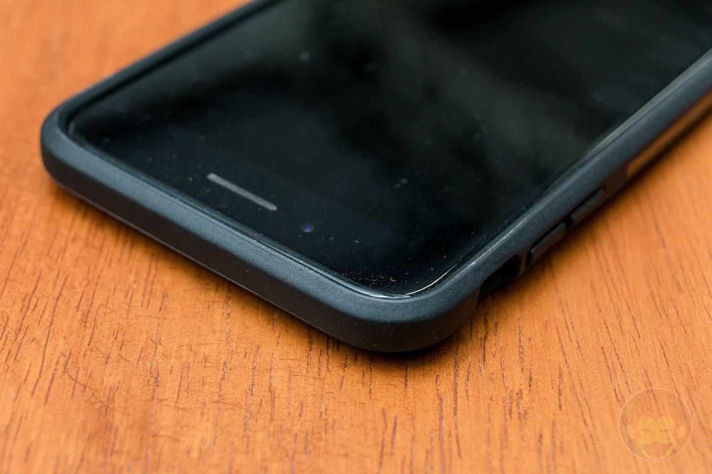 Anker-KARAPAX-Shield-for-iPhone8Plus-09.jpg