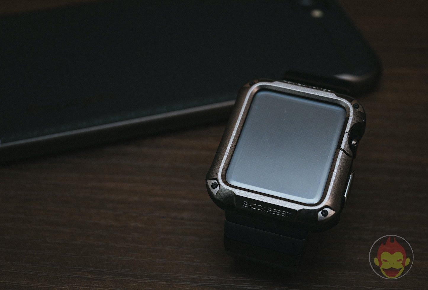 Spigen-Touch-Armor-Apple-Watch-Case-02.jpg