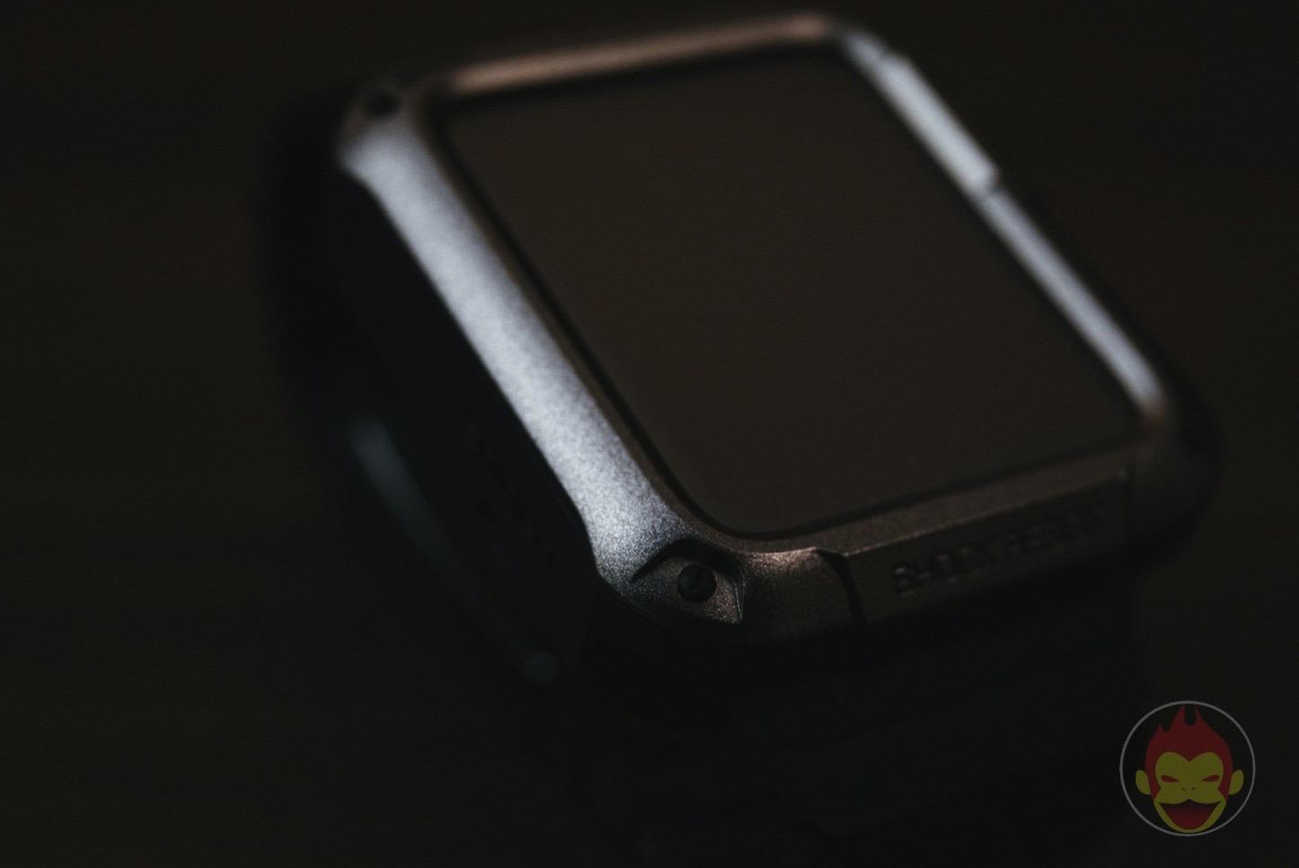 Spigen-Touch-Armor-Apple-Watch-Case-05.jpg