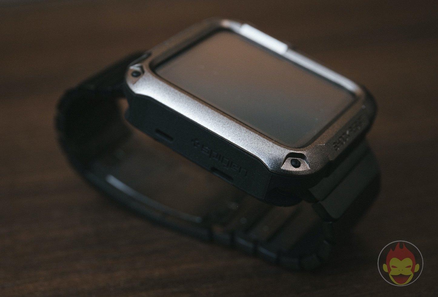 Spigen-Touch-Armor-Apple-Watch-Case-06.jpg