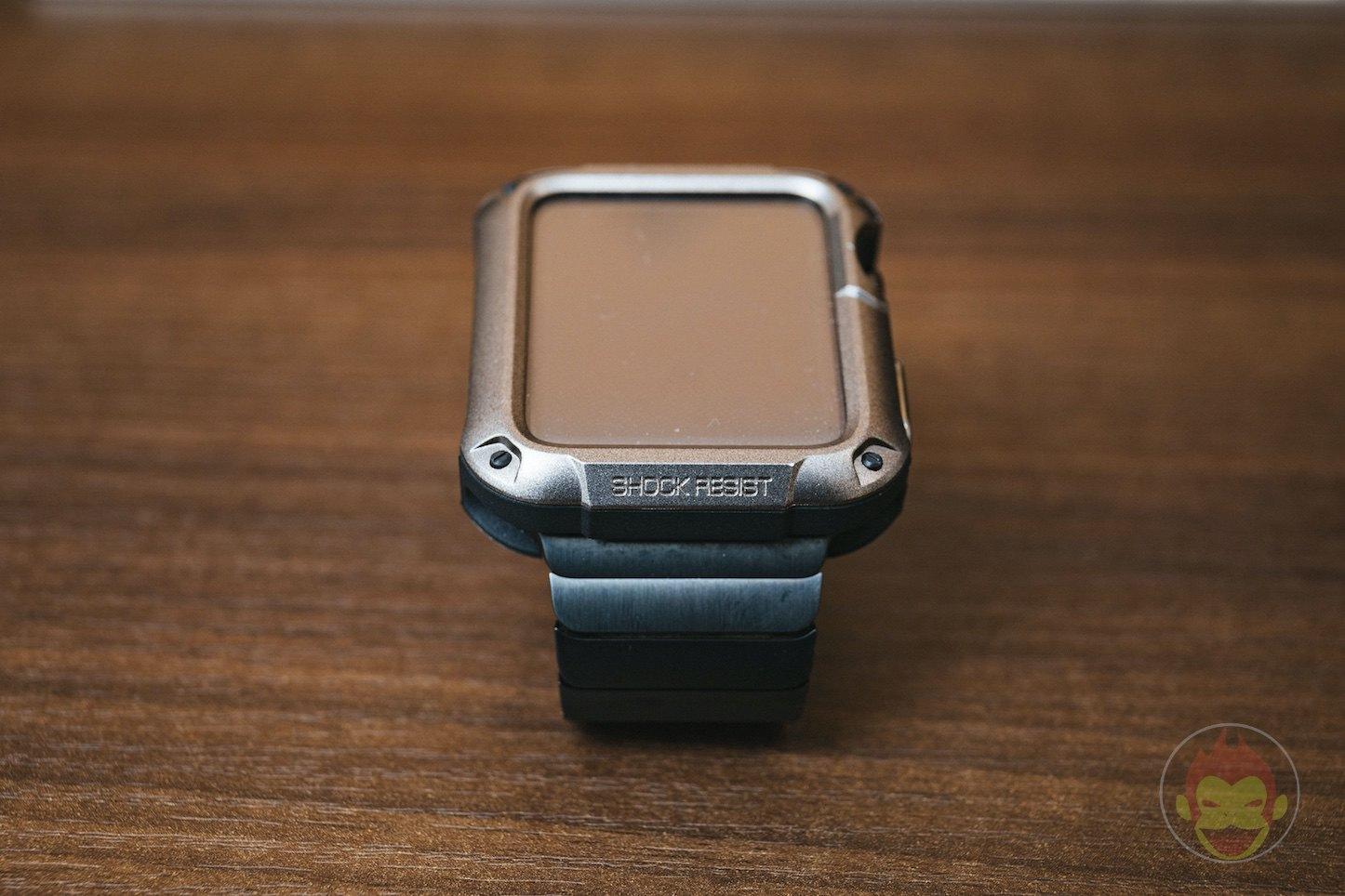Spigen-Touch-Armor-Apple-Watch-Case-07.jpg