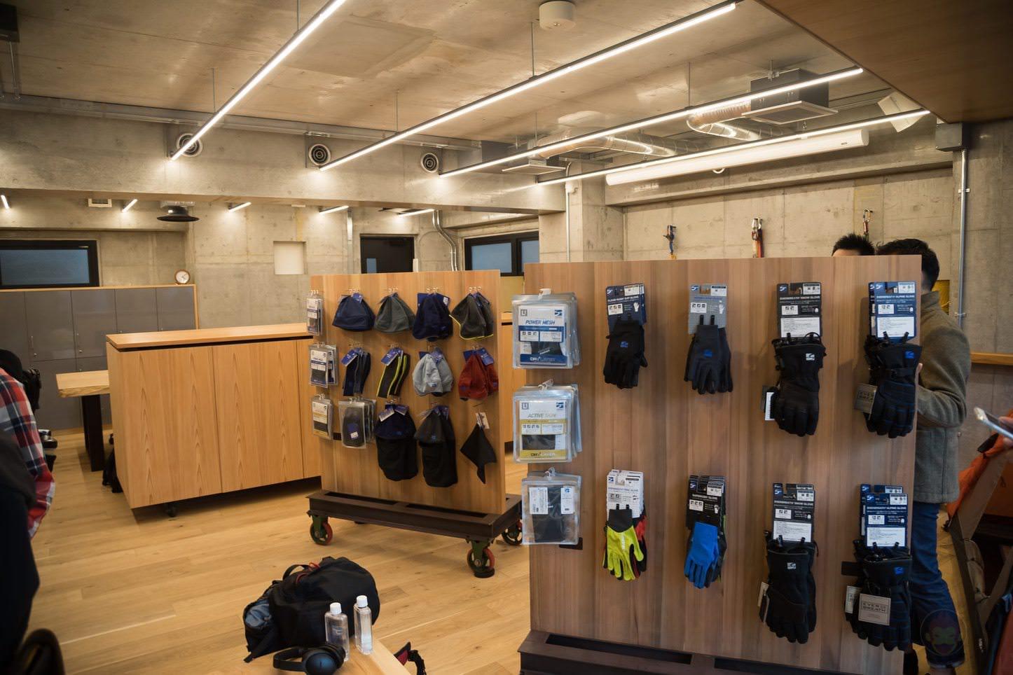 finetrack-TOKYO-BASE-Official-Store-53.jpg