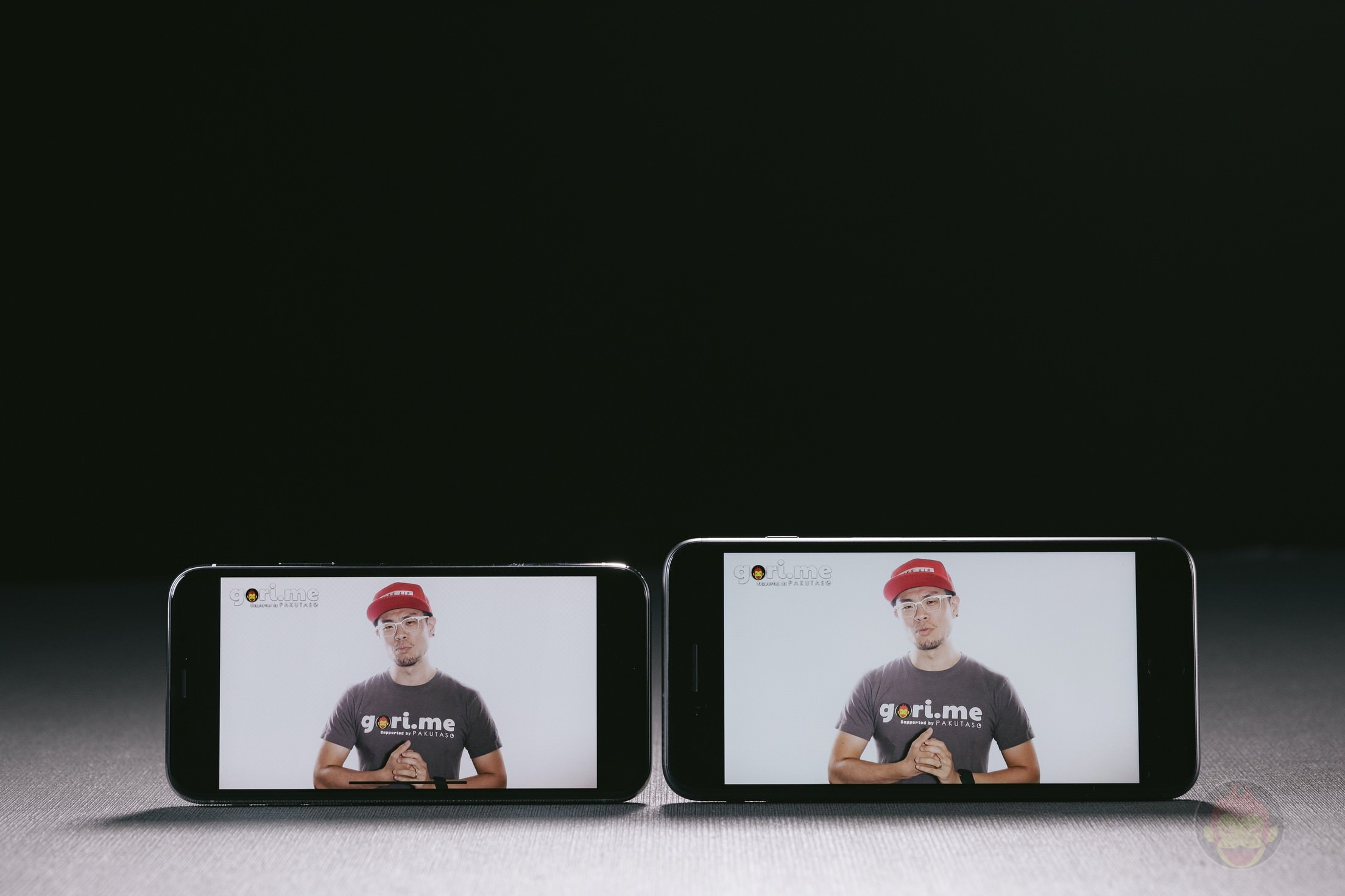 iPhone-X-Silver-Review-009.jpg
