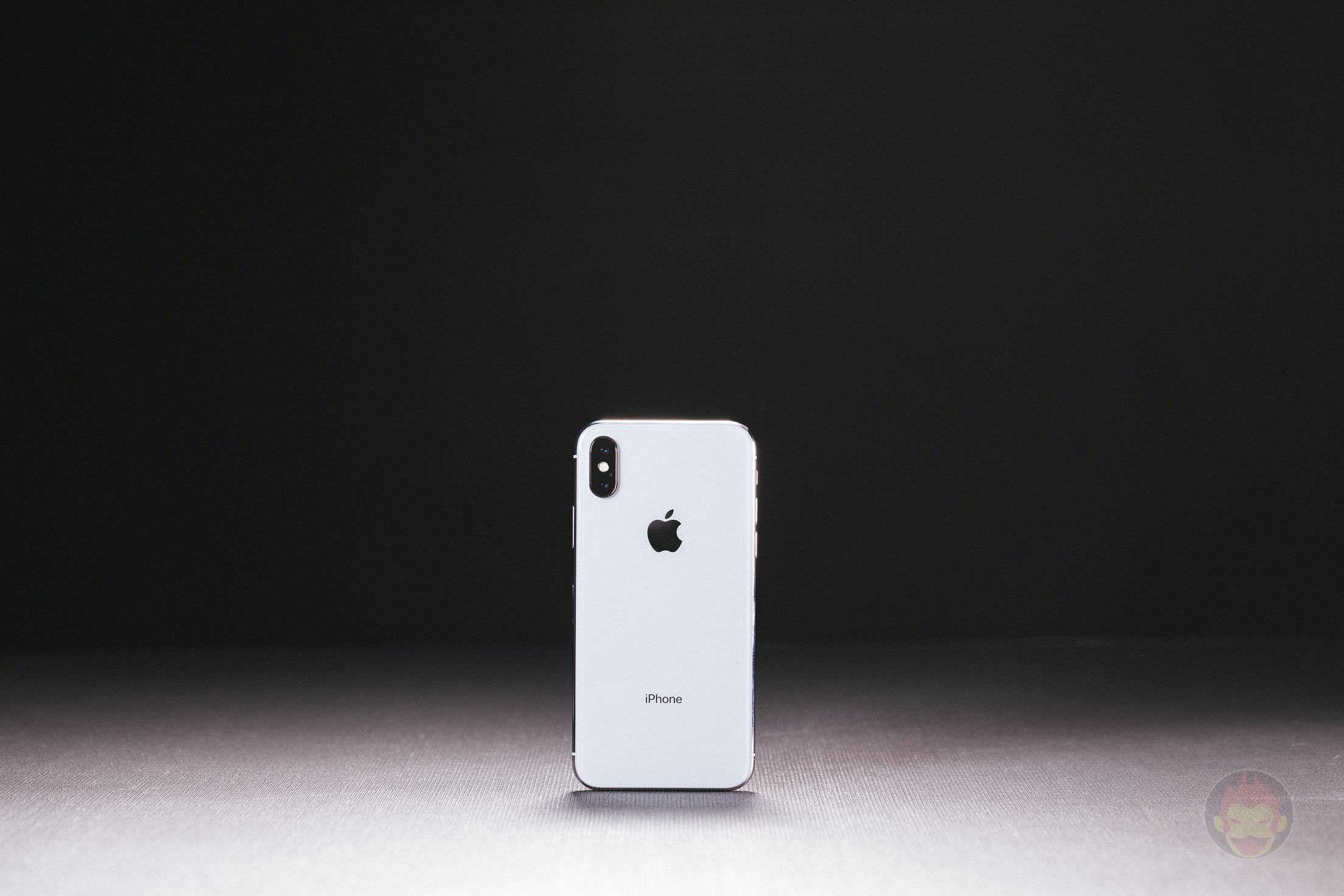 iPhone-X-Silver-Review-27.jpg