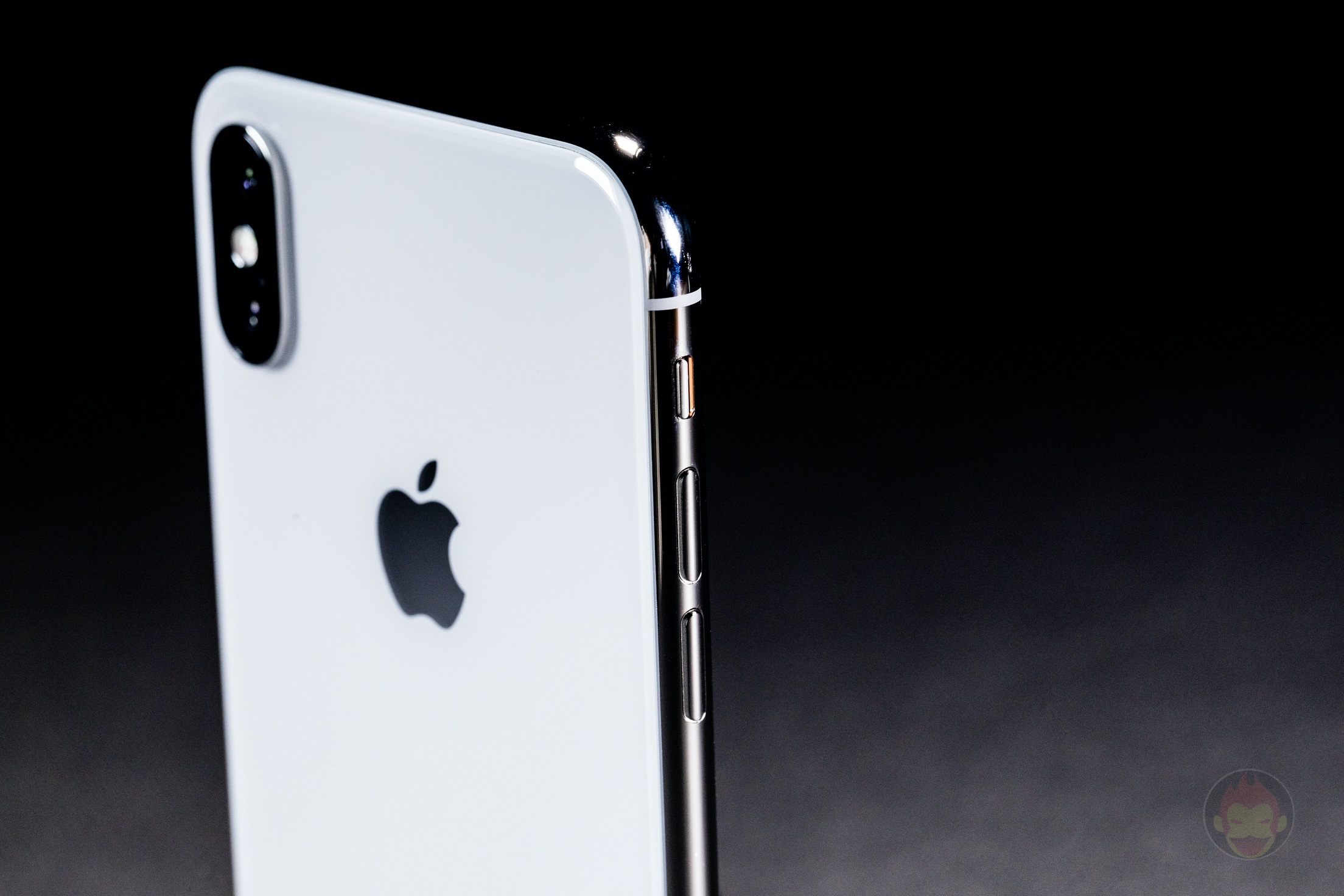 iPhone-X-Silver-Review-30.jpg