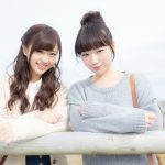 Traveling-with-friends-pakutaso.jpg
