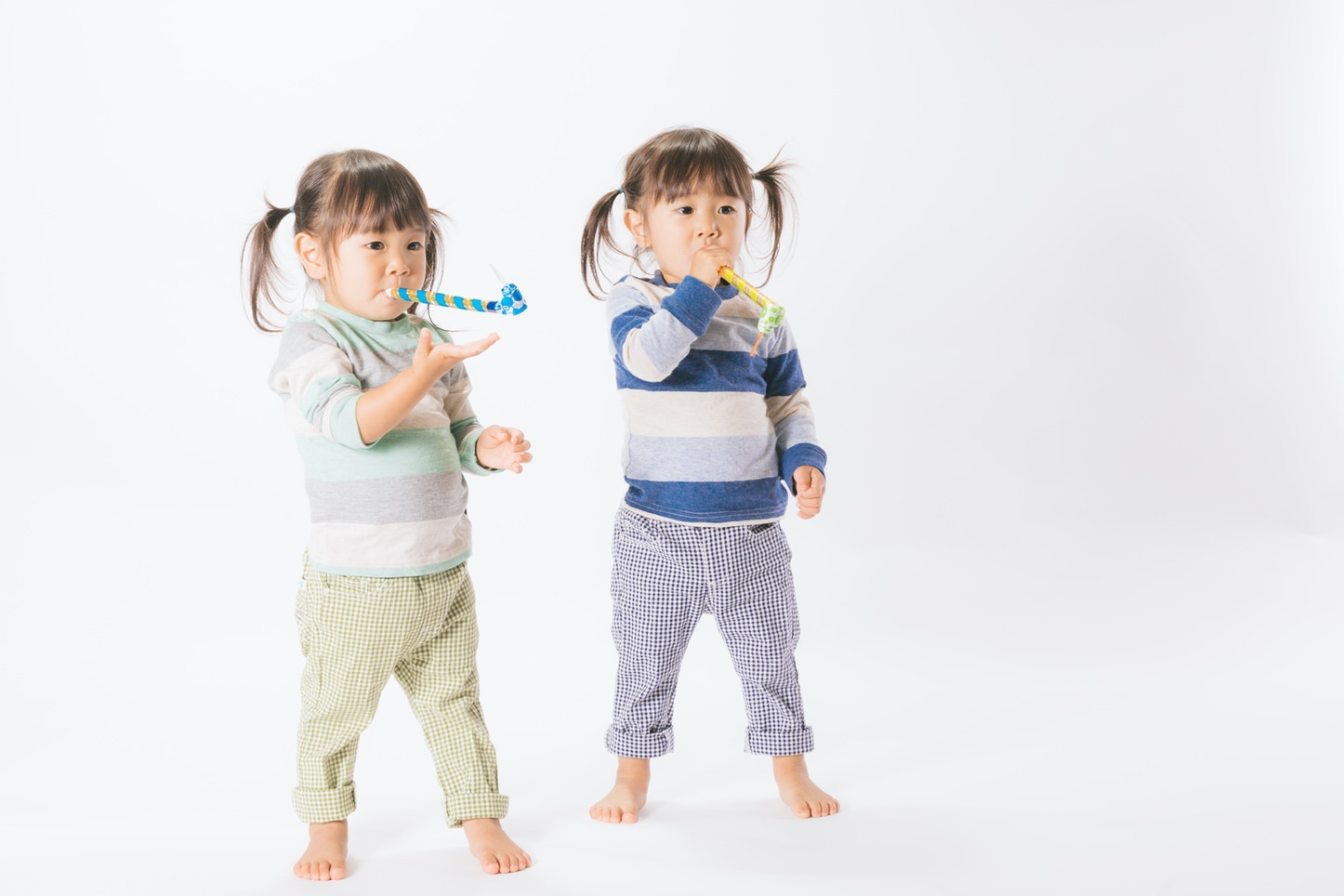 Twin Aomidori Pakutaso 34