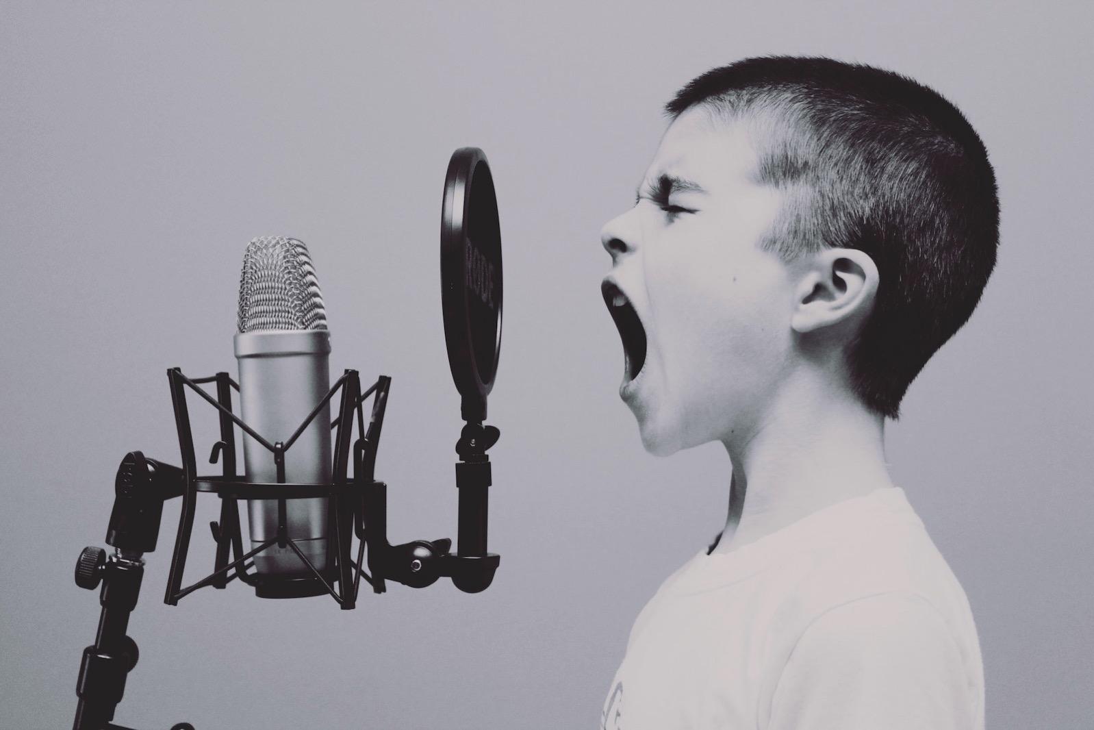 Jason rosewell 60014 karaoke boy