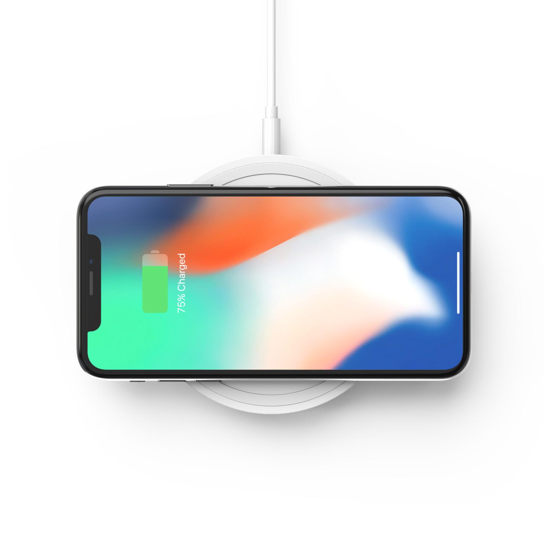 Bold_Charging_Pad_iPhone_2.jpg