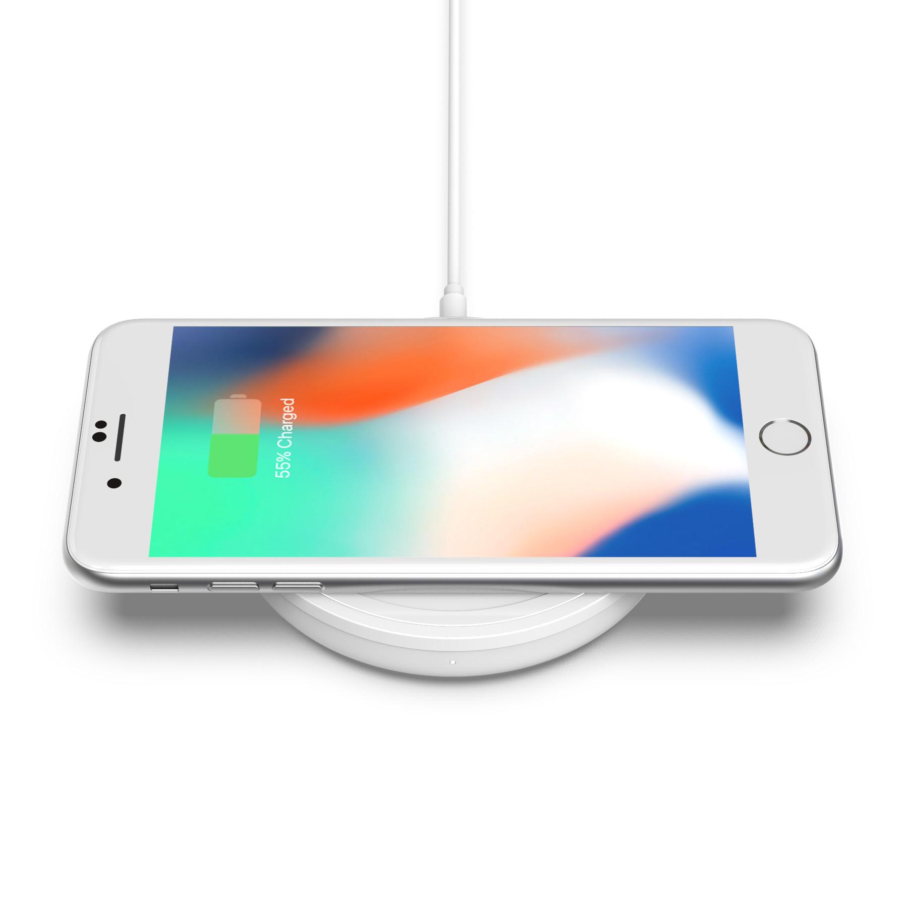 Bold_Charging_Pad_iPhone_4.jpg