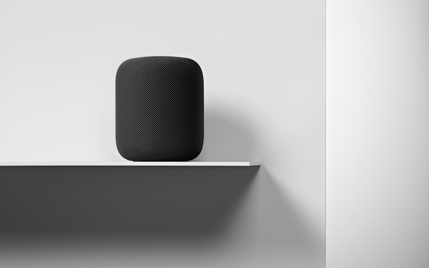 HomePod-Availability_interior-placement_012218.jpg
