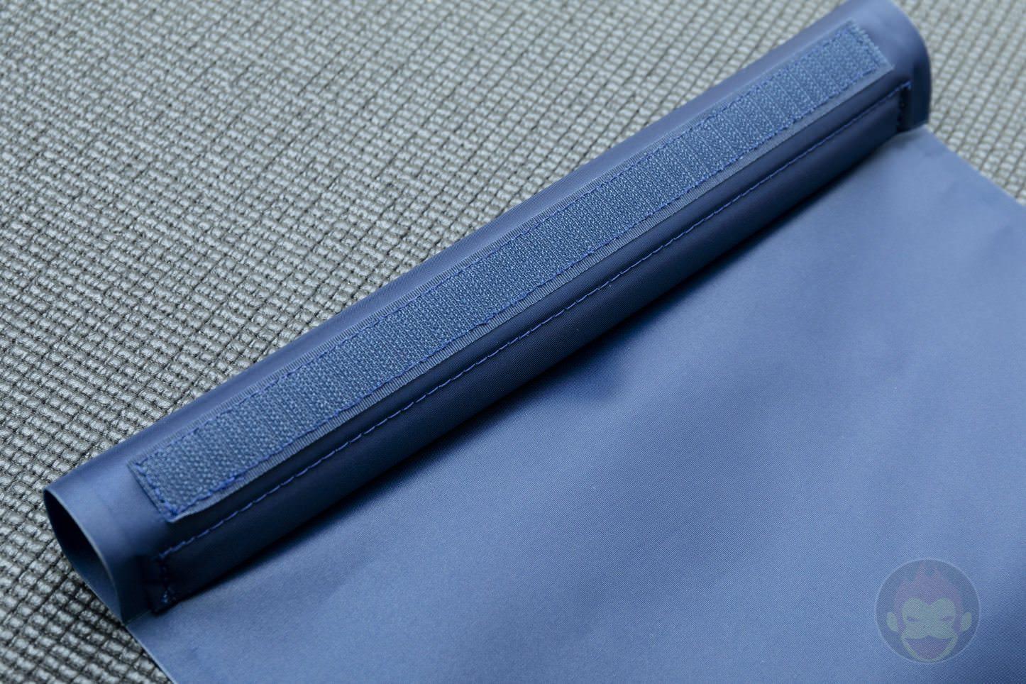 Quiver Gym Splashproof Shoulder Bag 04 2