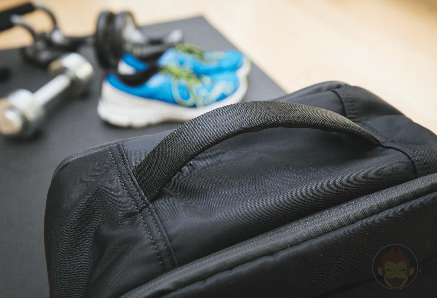 Quiver Gym Splashproof Shoulder Bag 17