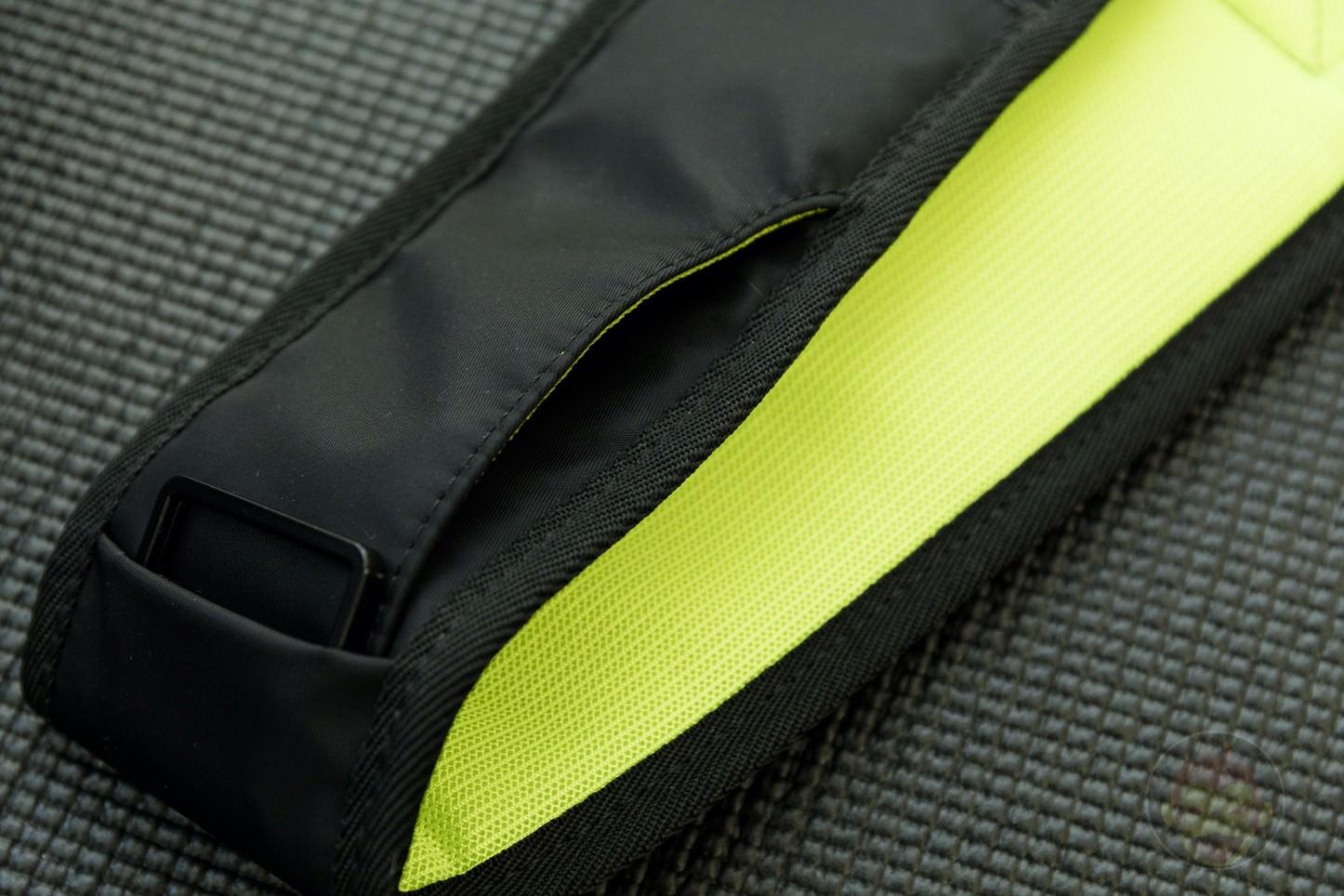 Quiver Gym Splashproof Shoulder Bag 20