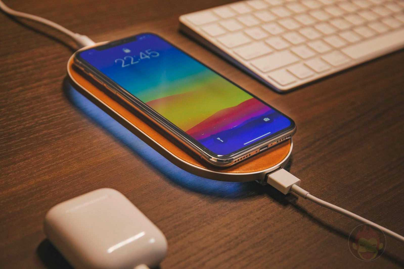 ENETREE Wireless Charger for iPhone 05
