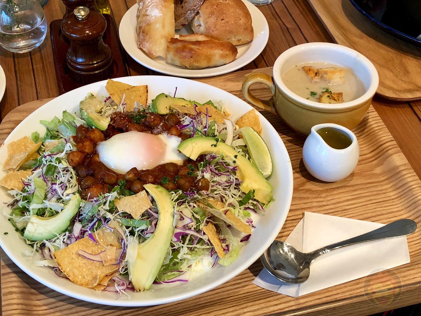 Everything Salad Omotesando Aoyama 12