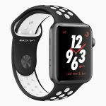 Apple-Watch-Series3_Nike-sports-band-black_032118.jpg