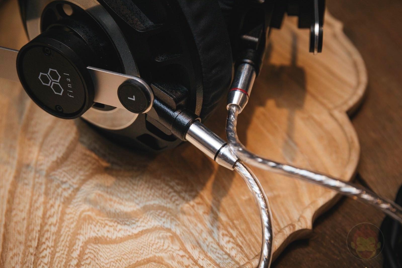 Final-Audio-Design-Headphones-and-Earphones-06.jpg
