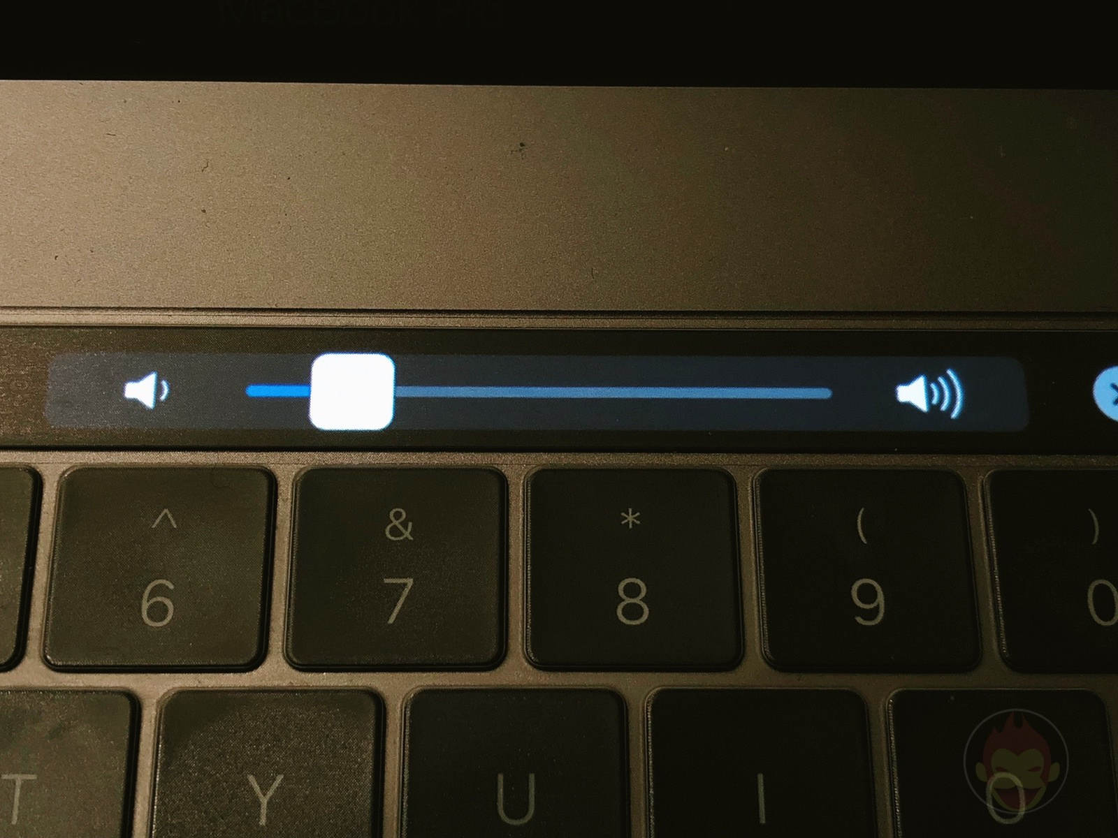 MacBook Pro TouchBar Sound 03