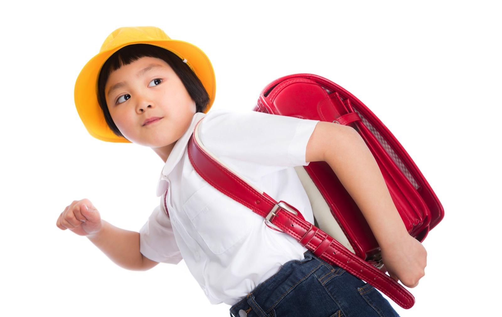 YUKI86_gakkoudash15120132_TP_V-bag-girl-pakuaso.jpg