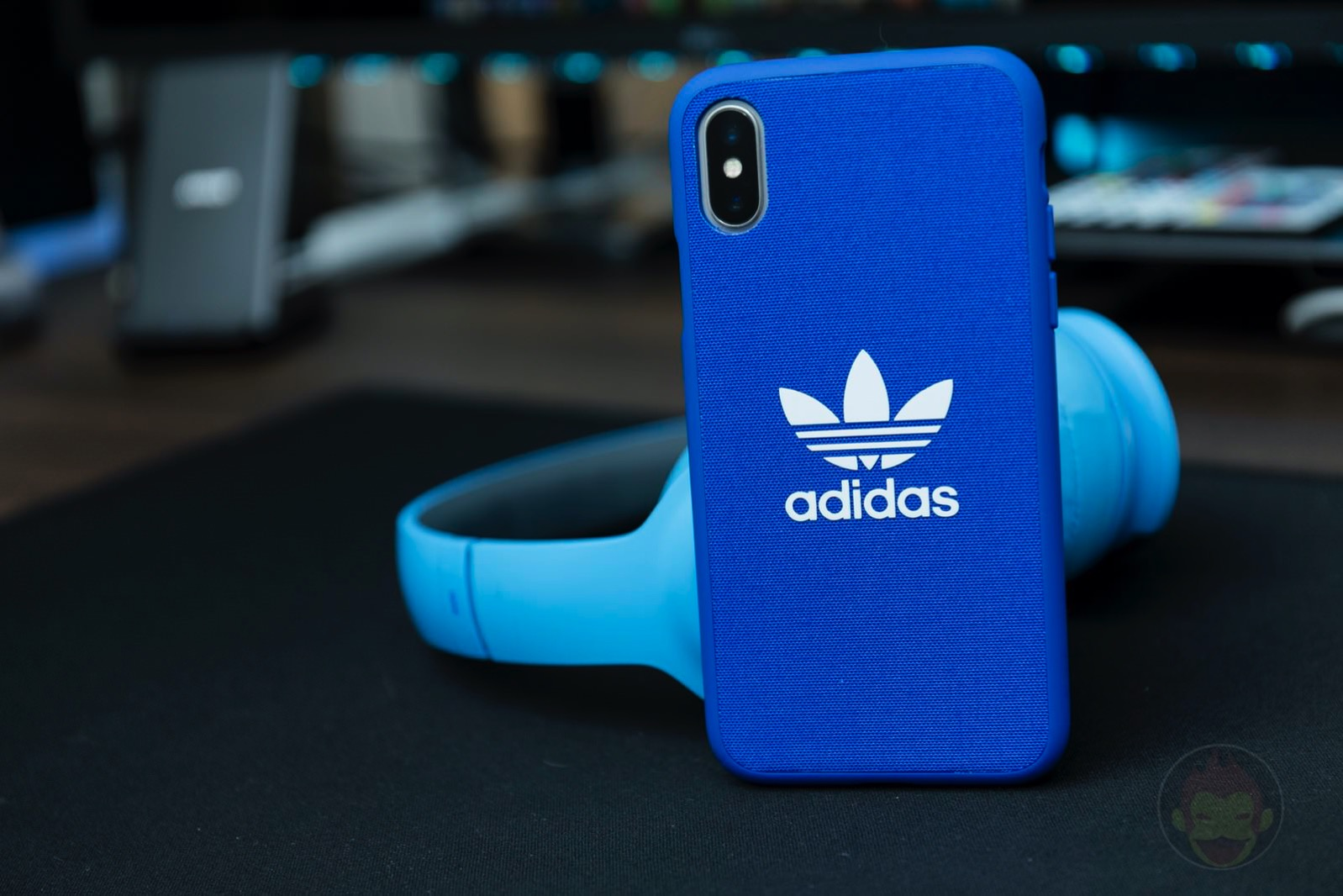 Adicolor Snap Case iPhoneX blue 01