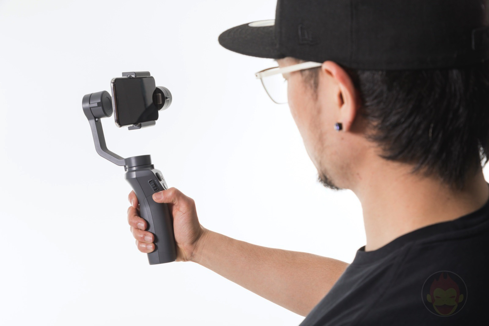 Osmo-Mobile-2-Stabilizer-05.jpg