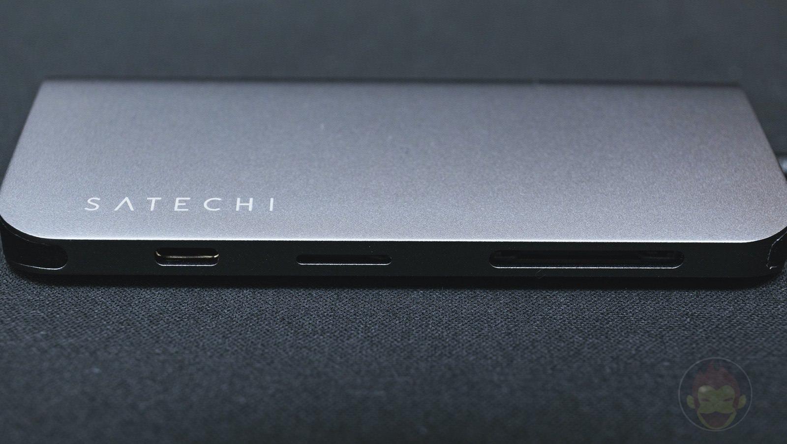 Satechi-Aluminium-TypeC-Multimedia-Adapter-4KHDMI-MiniDisplayPort-01.jpg