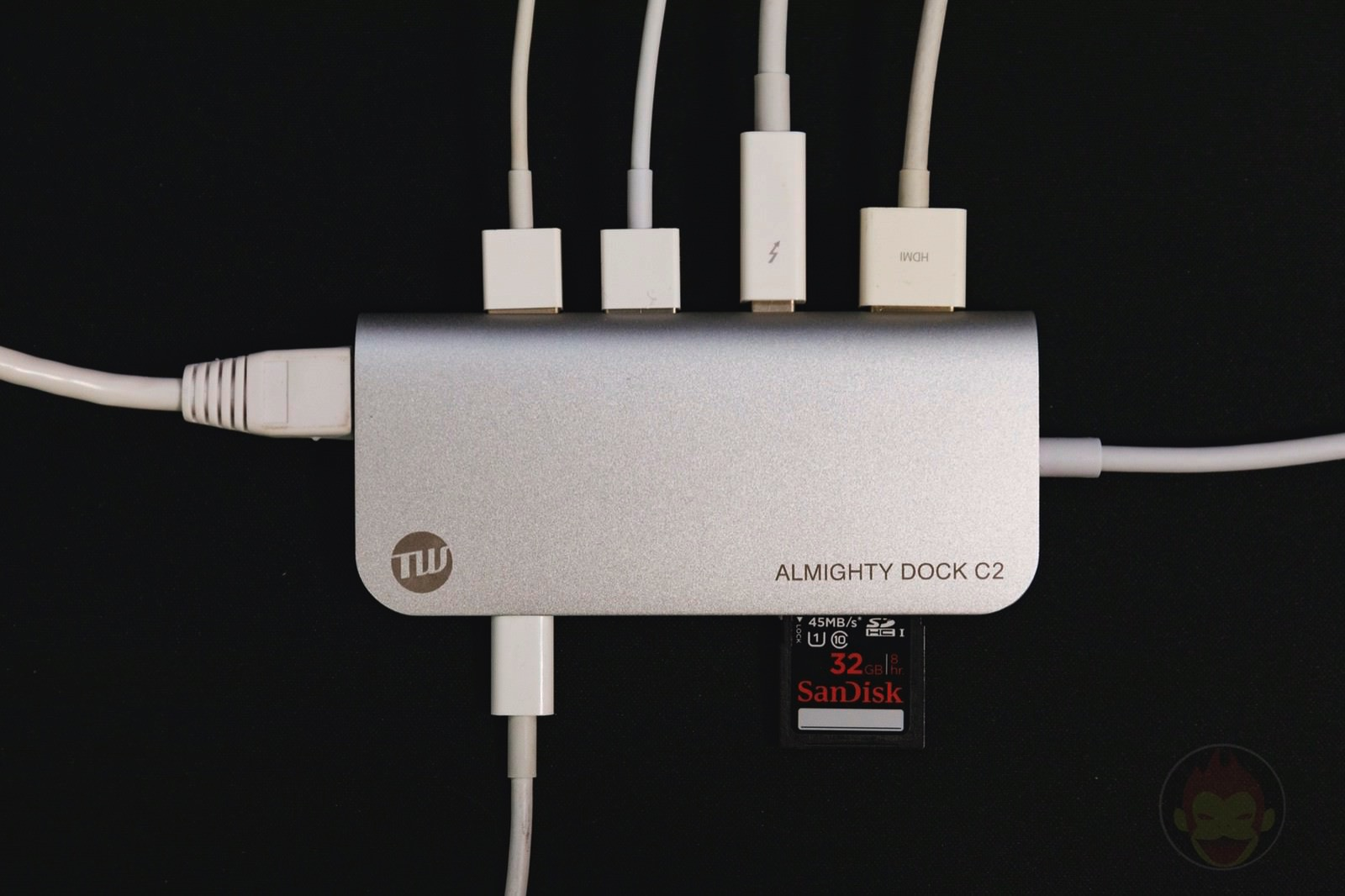 TUNEWEAR ALMIGHTY DOCK C2 Review 06