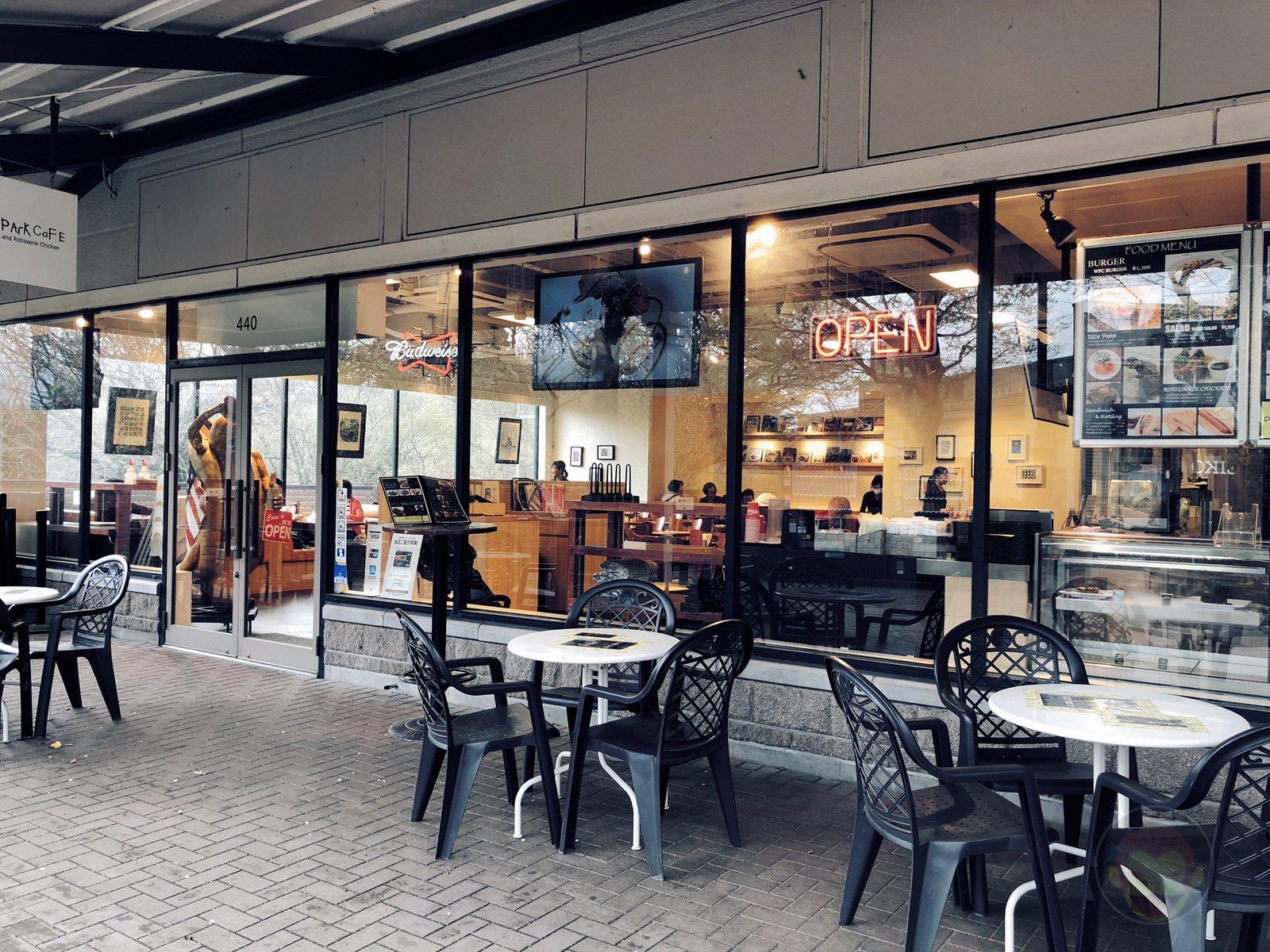 West-Park-Cafe-Gotenba-Outlet-Store-06.jpg