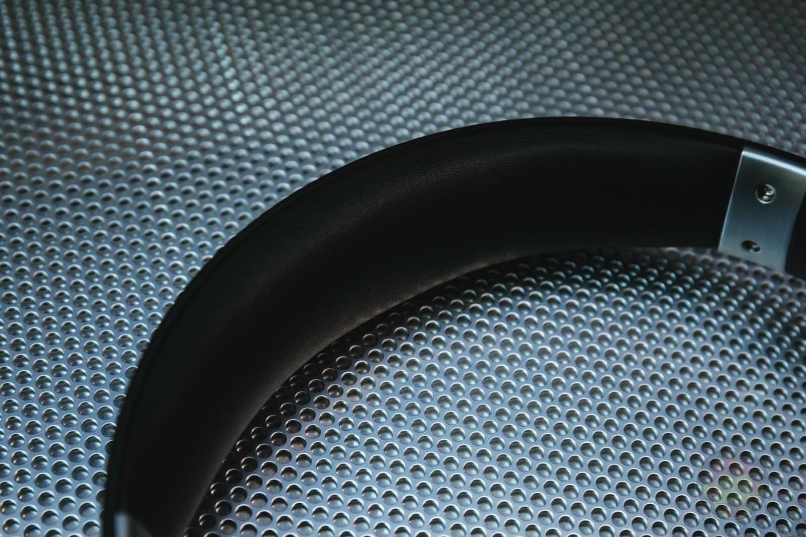 Soundcore-Vortex-Wireless-Headphones-09.jpg
