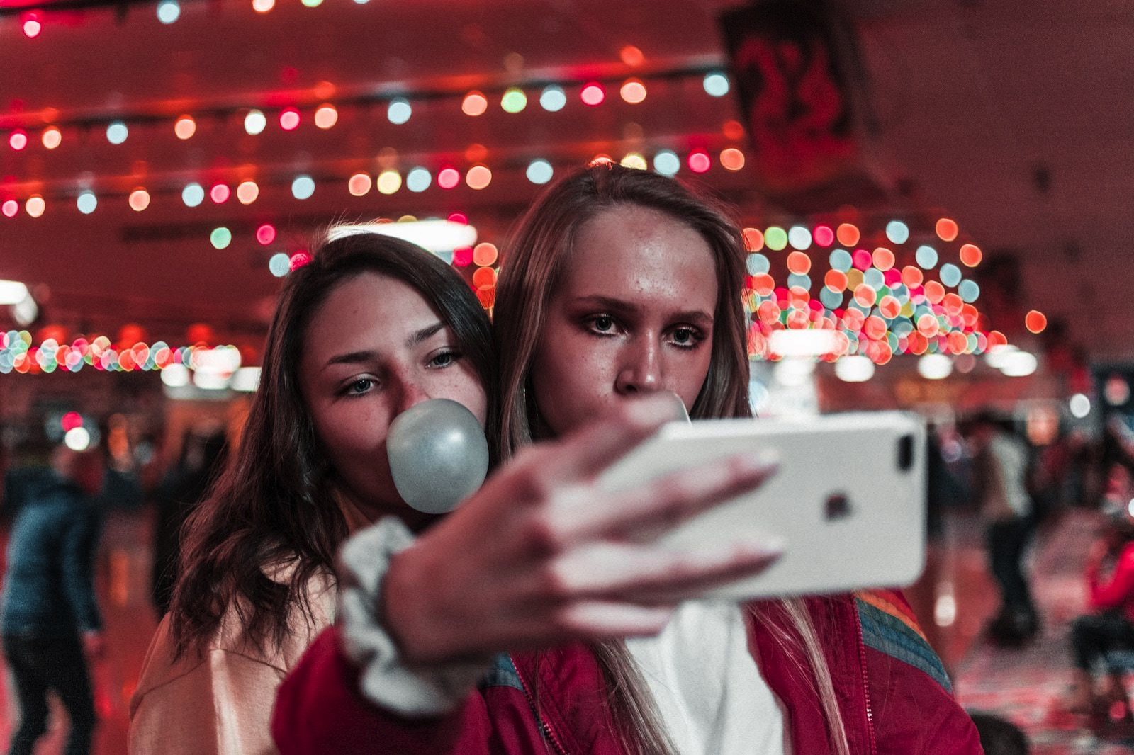 Ben weber 547197 unsplash taking selfies with iphone