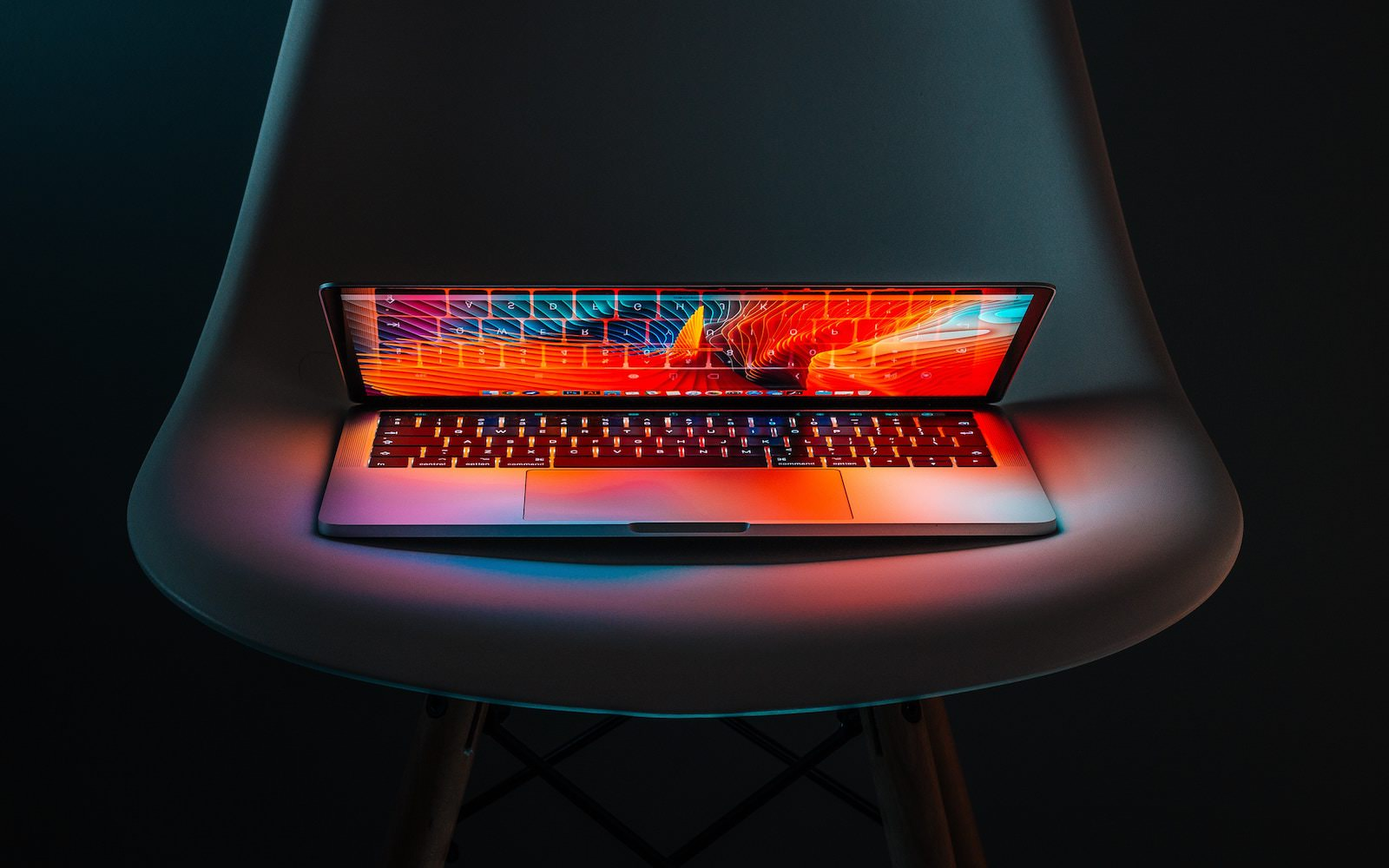 Michal kubalczyk 505207 unsplash macbook future
