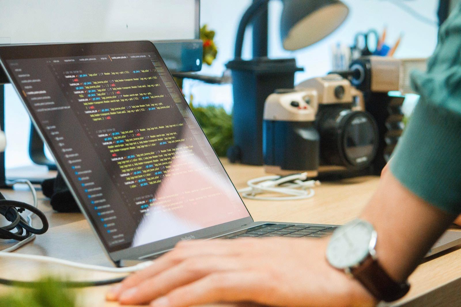 Fatos bytyqi 535528 unsplash programming and code