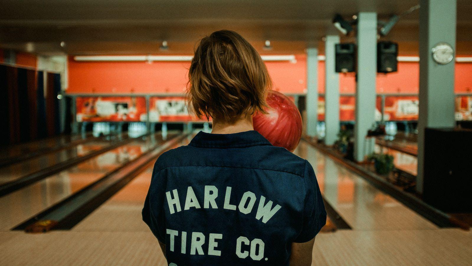 Kalle stillersson 614050 unsplash bowling