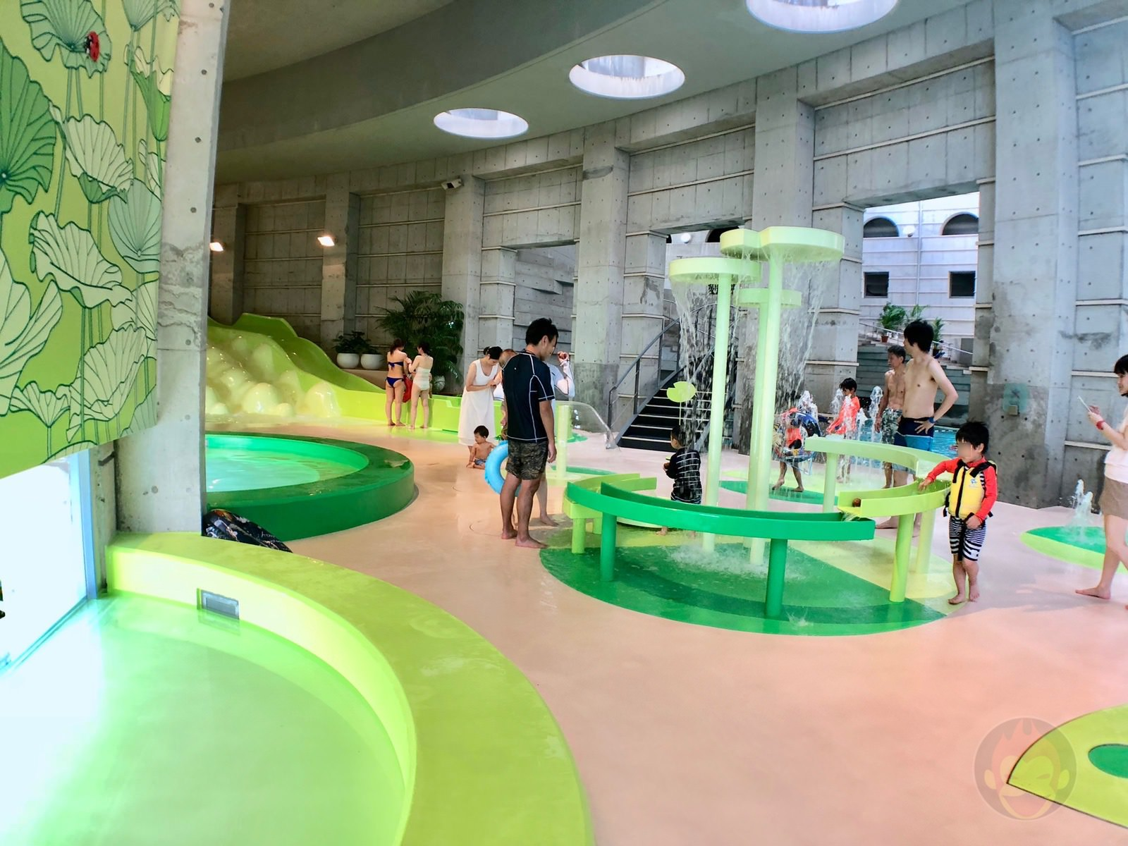 Hoshino Resonalre Yatsugatake Pool 17
