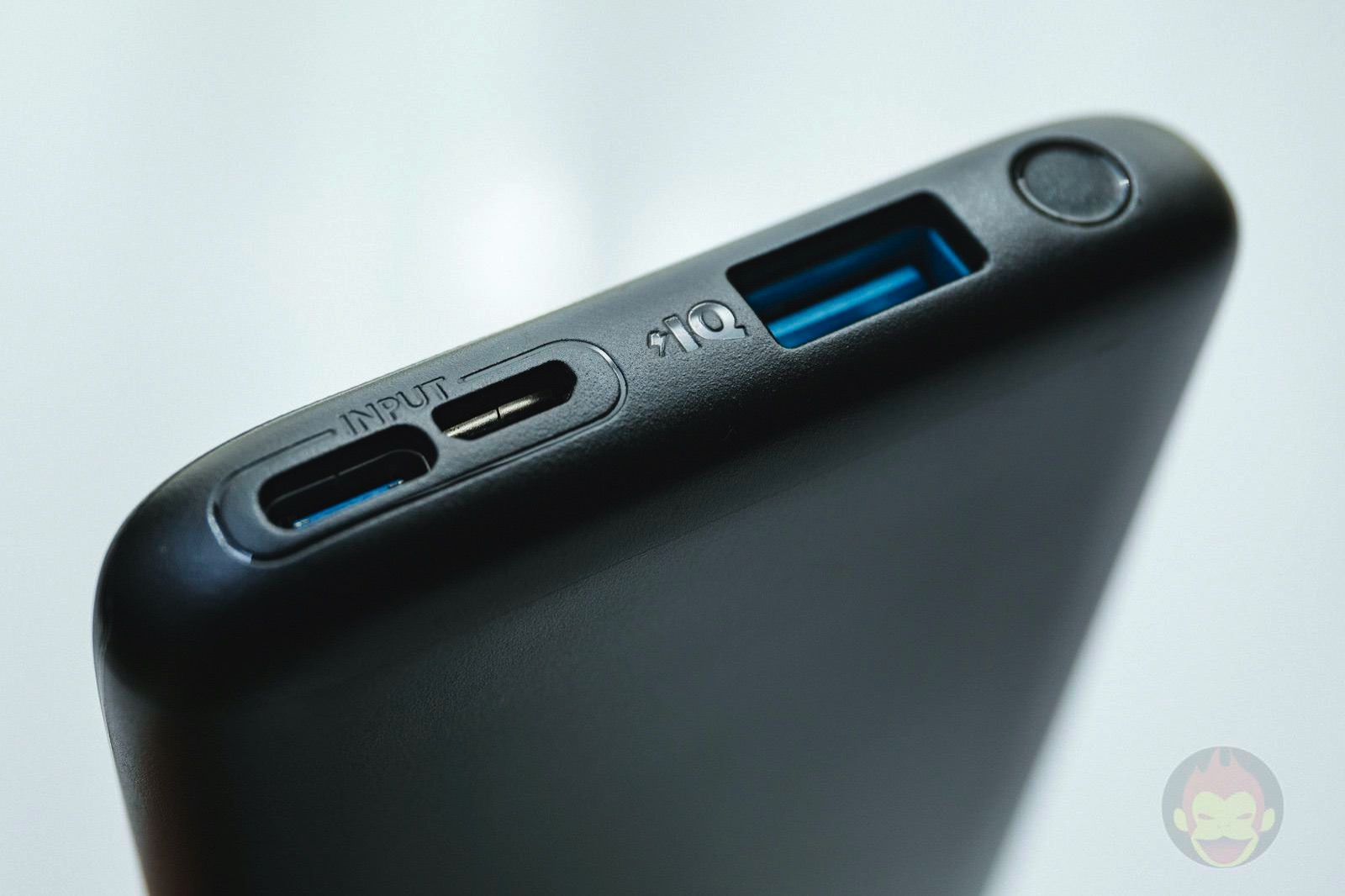 Anker PowerCore Lite 10000 Review 03