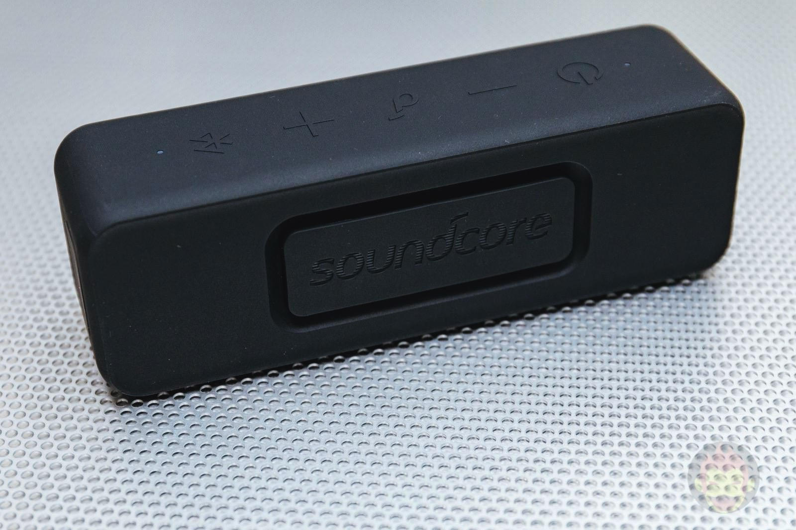 Anker-Soundcore-Motion-B-Wireless-Speaker-03.jpg