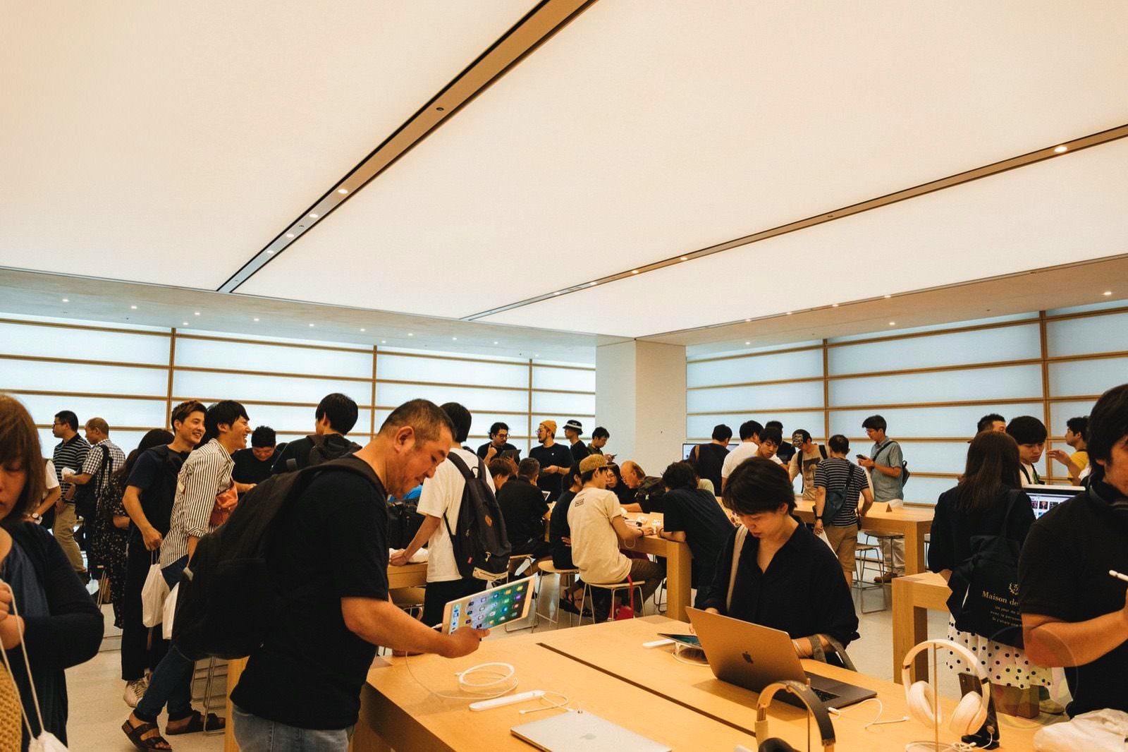 Apple Kyoto Grand Opening Photos 39