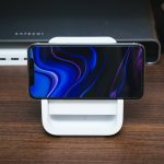 Logicool-Powered-Wireless-Charging-Stand-04.jpg