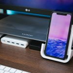 Logicool-Powered-Wireless-Charging-Stand-09.jpg